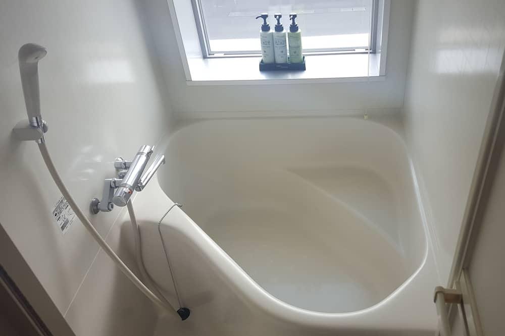 Dvoulůžkový pokoj, kuřácký - Koupelna