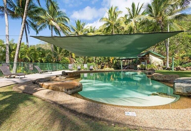 Frangipani 104, Hamilton Island, Pool