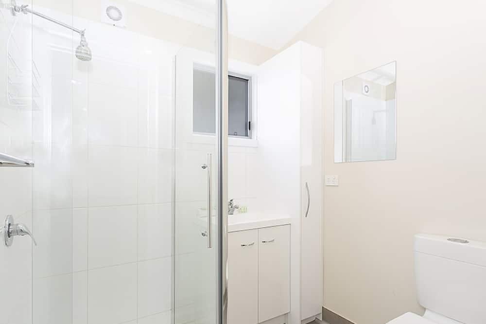Будиночок, 2 спальні - Ванна кімната