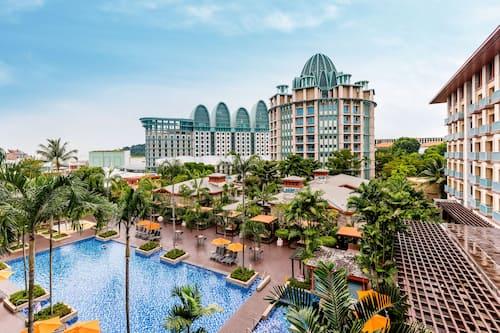 リゾーツ ワールド セントーサ - フェスティブ ホテル (SG クリーン) ( シンガポール ) の宿泊予約   ホテルズドットコム