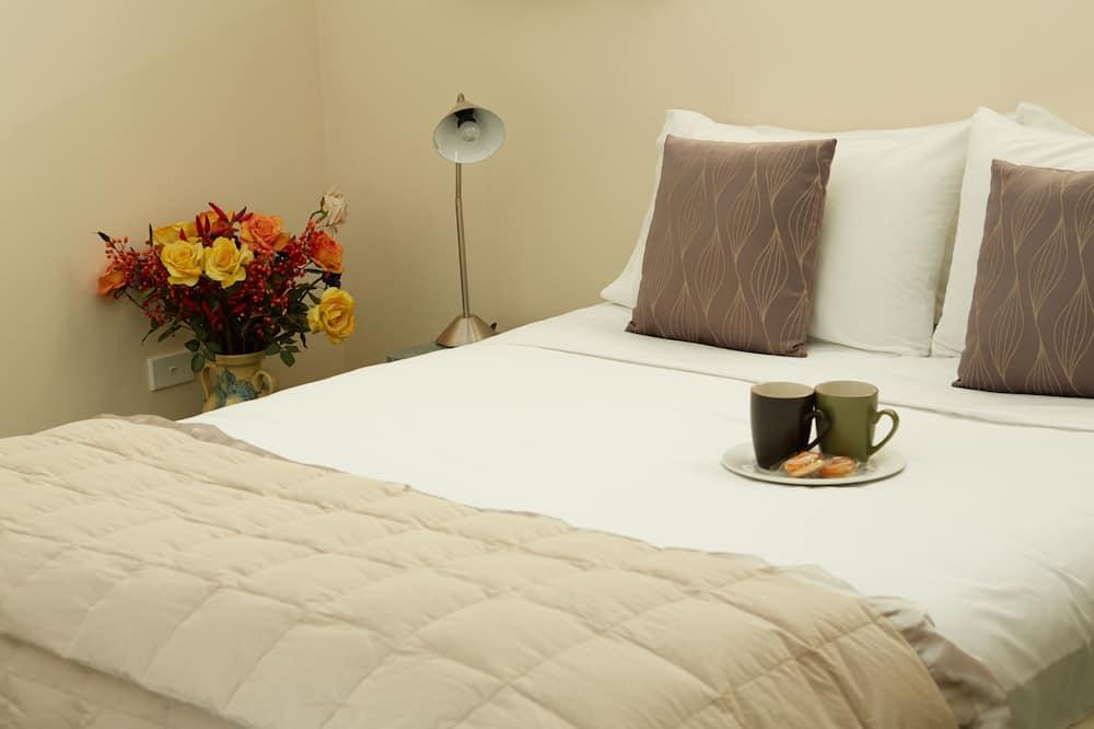 Premium Apartment, 1 Bedroom, Kitchenette - In-Room Kitchenette