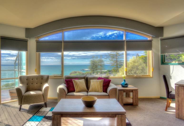 PierView Apartments, Lorne, Two Bedroom Apartment, Living Area