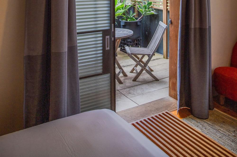 標準客房, 1 張加大雙人床, 陽台, 無景觀 - 陽台