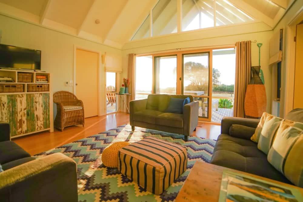 Romantic Kır Evi, 2 Yatak Odası, Okyanus Manzaralı - Oturma Alanı