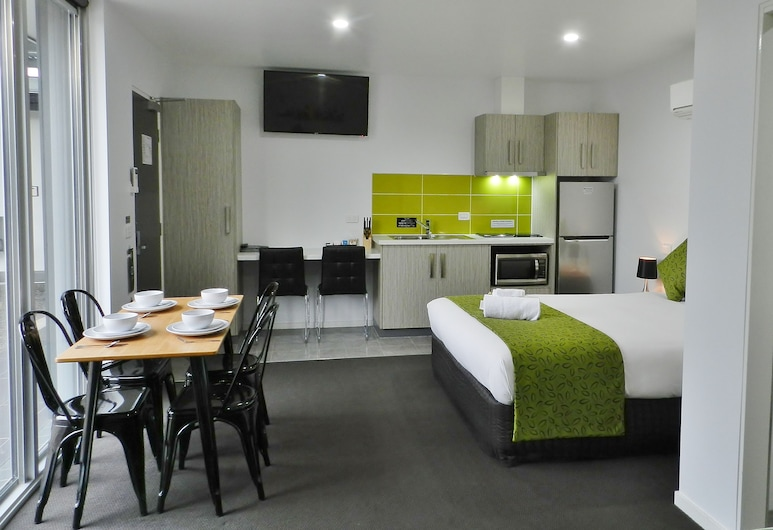 Motel 24, Wodonga, Deluxe Family with Kitchenette, In-Room Kitchenette