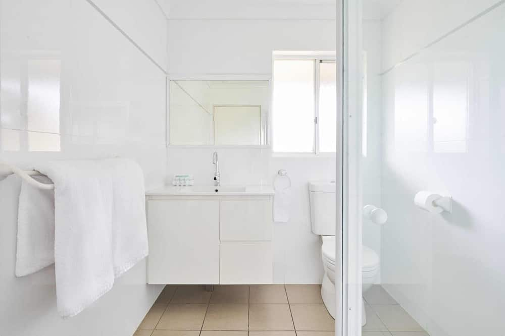 Standard Suite, 1 Bedroom, Non Smoking, Kitchenette (Balcony View) - Bilik mandi