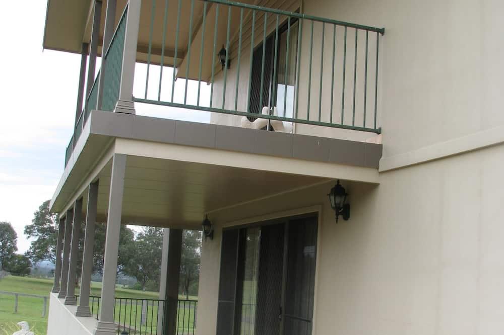 Standard-Suite, 1 Schlafzimmer, Nichtraucher, Kochnische (Hill Top Villas) - Balkon