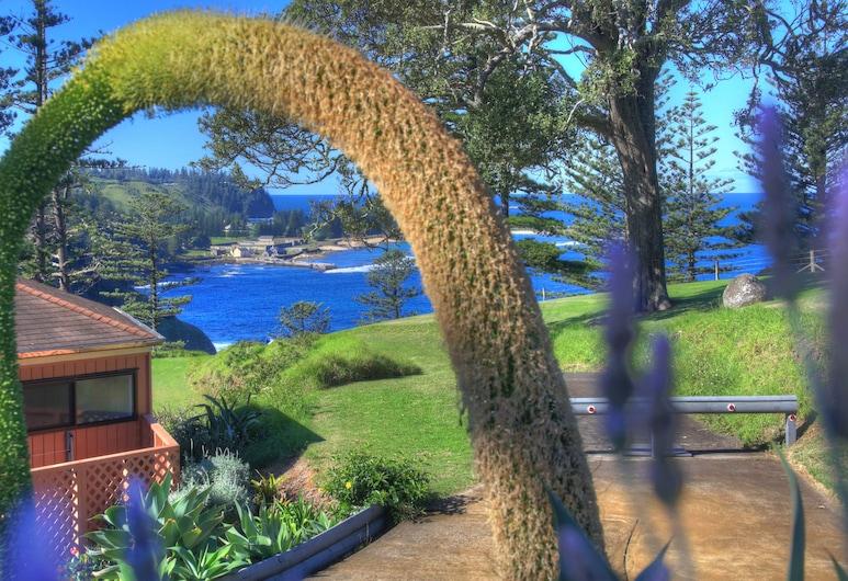 Shearwater Scenic Villas, Norfolk Island, Garden