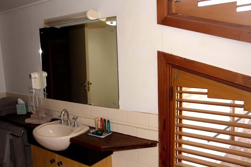 行政客房, 非吸煙房, 按摩浴缸 - 浴室