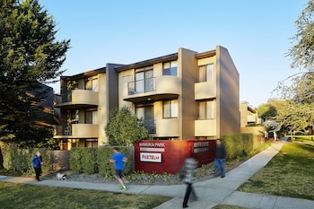 Picture of Manuka Park Apartments in Griffith