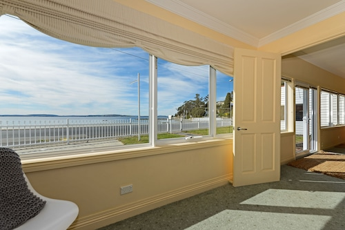 濱海金士頓海灘飯店