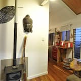 Standard Suite, 2 Bedrooms, Non Smoking, Kitchenette (Gulloo Cabin) - Living Area