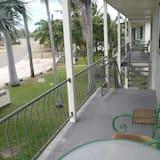 Departamento superior, 2 habitaciones, para no fumadores, cocina (Superior NoAir-2p-3n) - Balcón