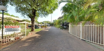 Picture of St Andrews Serviced Apartments in Katherine