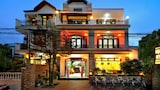 Book this Free Breakfast Hotel in Hoi An