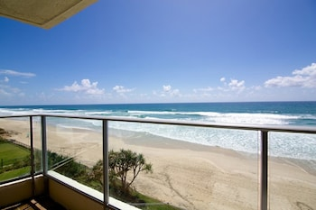 Picture of Foreshore Apartments in Mermaid Beach