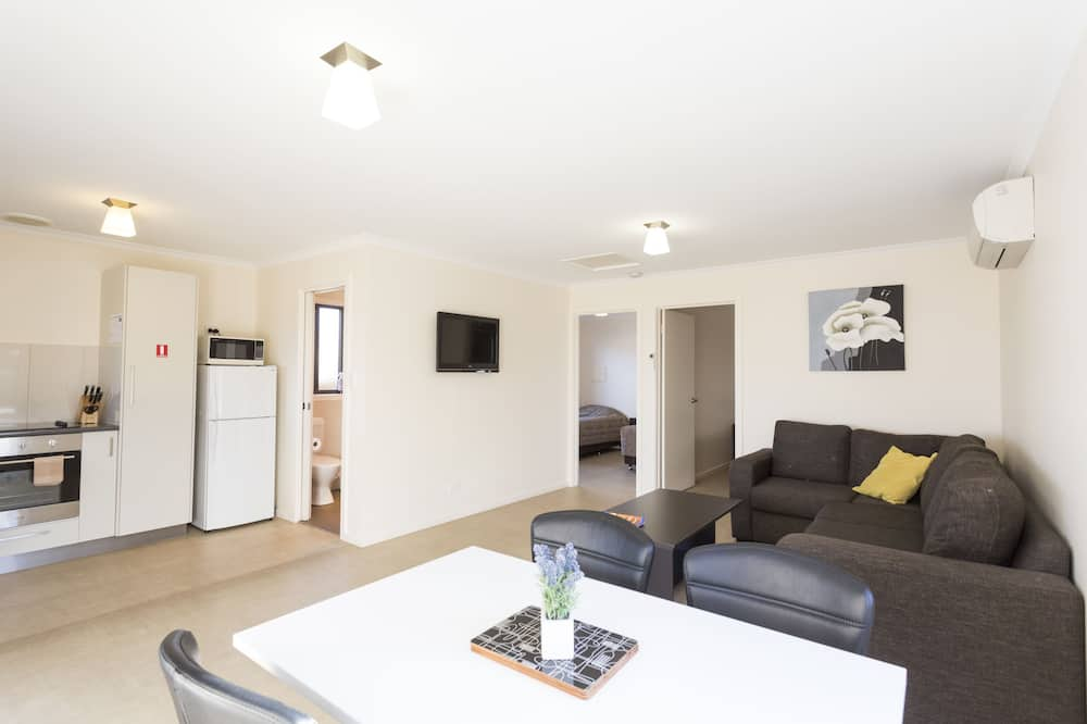 Villa, 1 Bedroom, Self Contained - Living Area