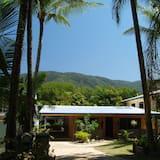 Clifton Beach House, Cairns (and vicinity)