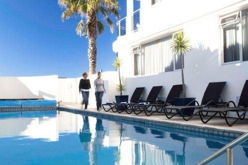 美丽海洋海滨公寓酒店/