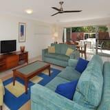 Standard Apartment, Multiple Bedrooms, Kitchen (3 Bedroom Villa) - Living Room