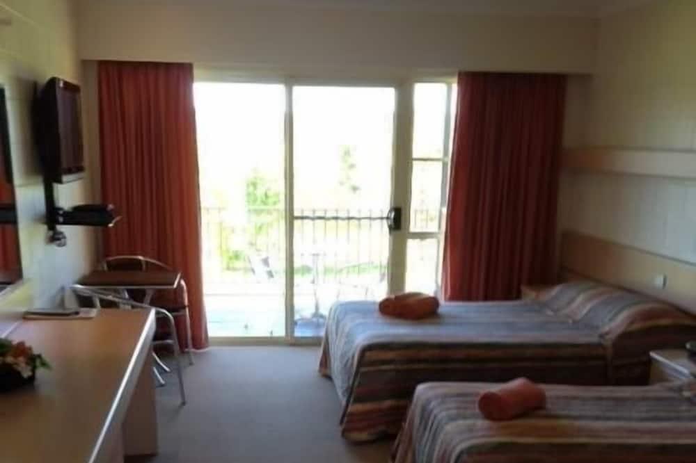 Стандартный люкс, 1 спальня, для некурящих, балкон (Motel Room) - Зона гостиной