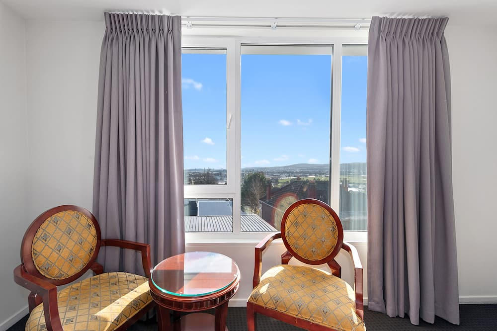 Soba, 1 king size krevet - Pogled na grad