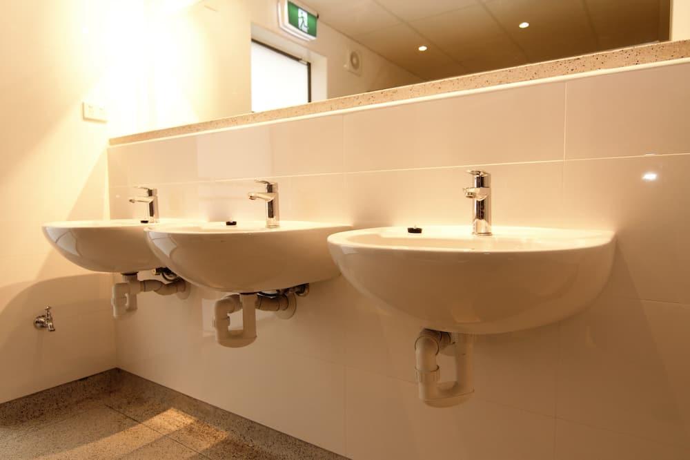 Single Room (Shared Bathroom) - Bathroom