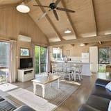 Standard Cabin, 2 Bedrooms, Kitchen - Ruang Tamu