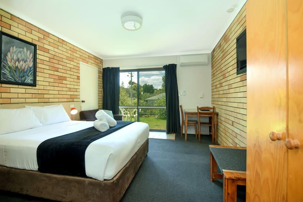 Номер, 1 двуспальная кровать «Квин-сайз», вид на сад - Вид на сад