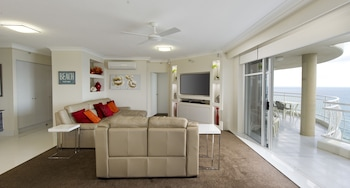 Picture of 2nd Avenue Beachside Apartments in Burleigh Heads
