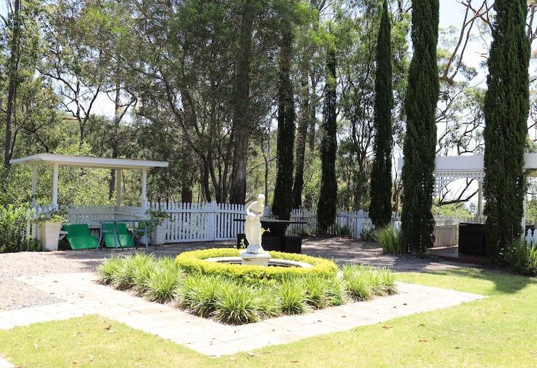 Hilltop on Tamborine, Wongawallan, Jardín