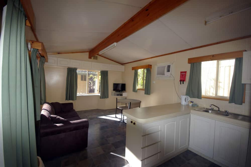 Superior Suite, 1 Bedroom, Non Smoking, Kitchen (Superior Chalet) - Living Area