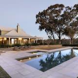 Oda (Vineyard's) - Açık Yüzme Havuzu