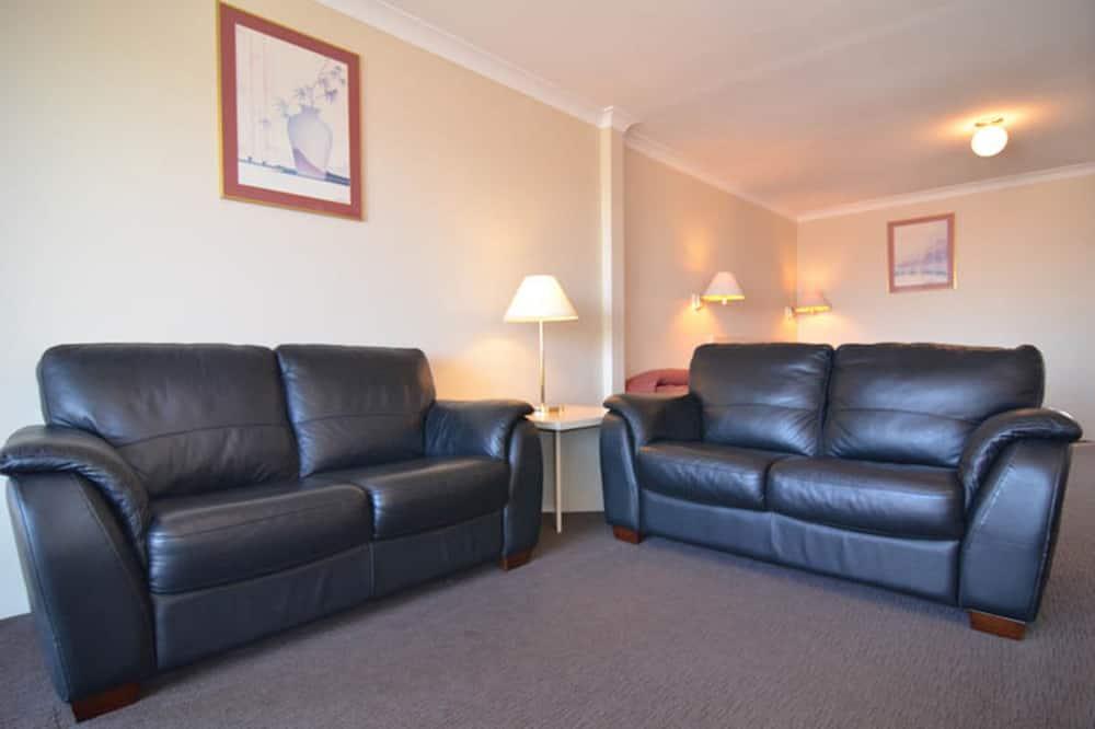ห้องซูพีเรียทวิน, 1 ห้องนอน - พื้นที่นั่งเล่น