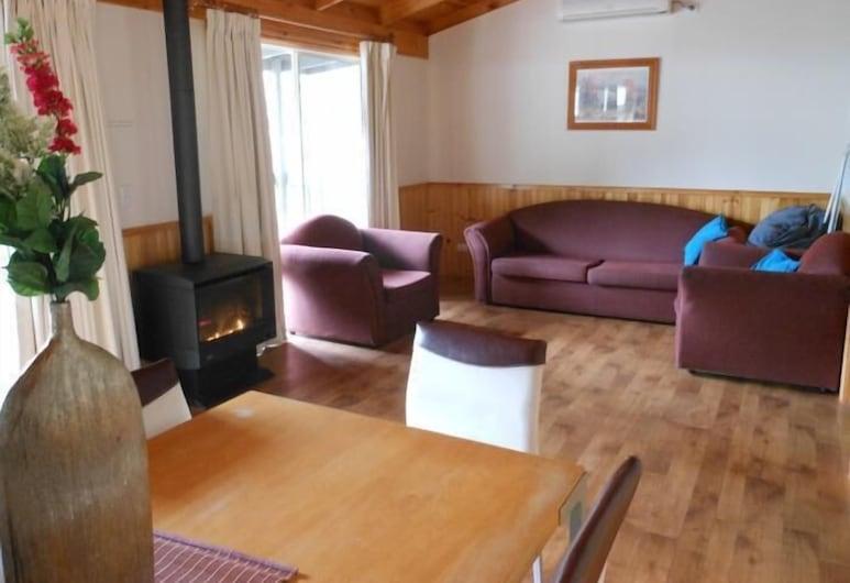 Awonga Cottages, Halls Gap, Standard Oda, Sigara İçilmez, Mutfak (Hakea Cottage), Oturma Alanı