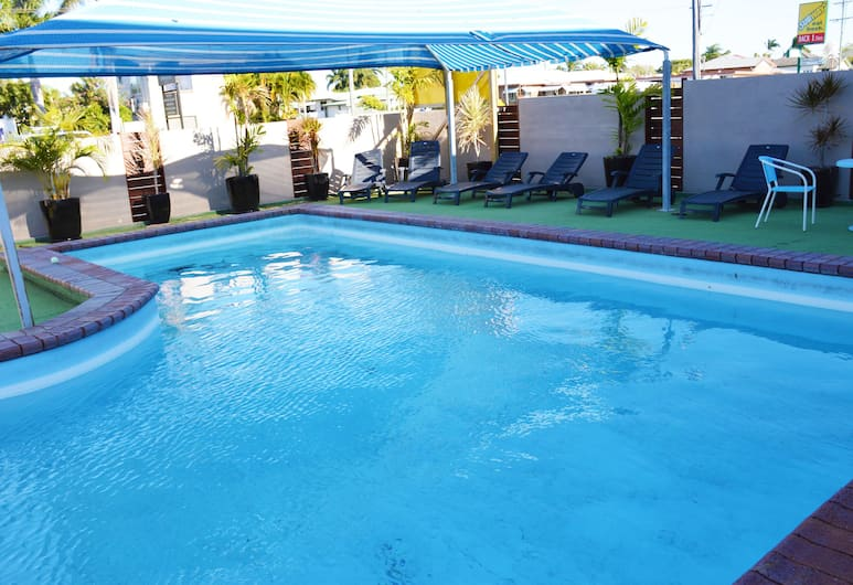 Rover Holiday Units, West Mackay, Outdoor Pool