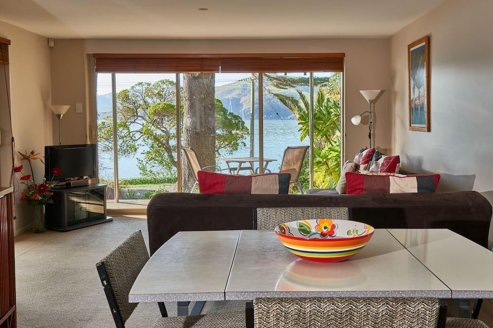 דירת סטנדרט, חדר שינה אחד, ללא עישון, מטבחון (Beachside Apartment) - אזור אוכל בחדר