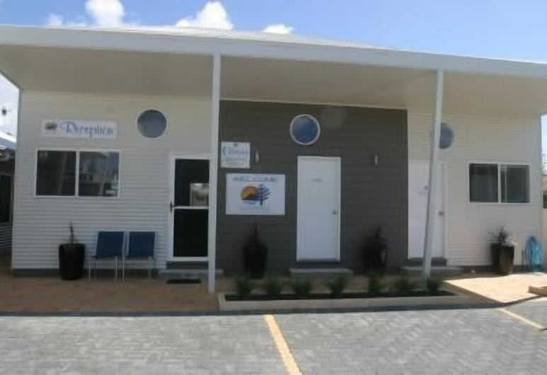 Clearwater Motel Apartments, Esperance, Majoitusliikkeen julkisivu