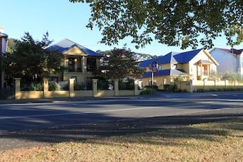 Picture of Alhambra Oaks Motor Lodge in Dunedin