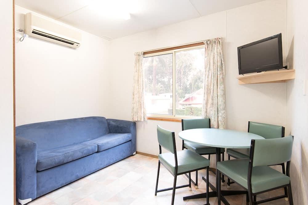 Deluxe Cabin, 2 Bedrooms - Ruang Tamu