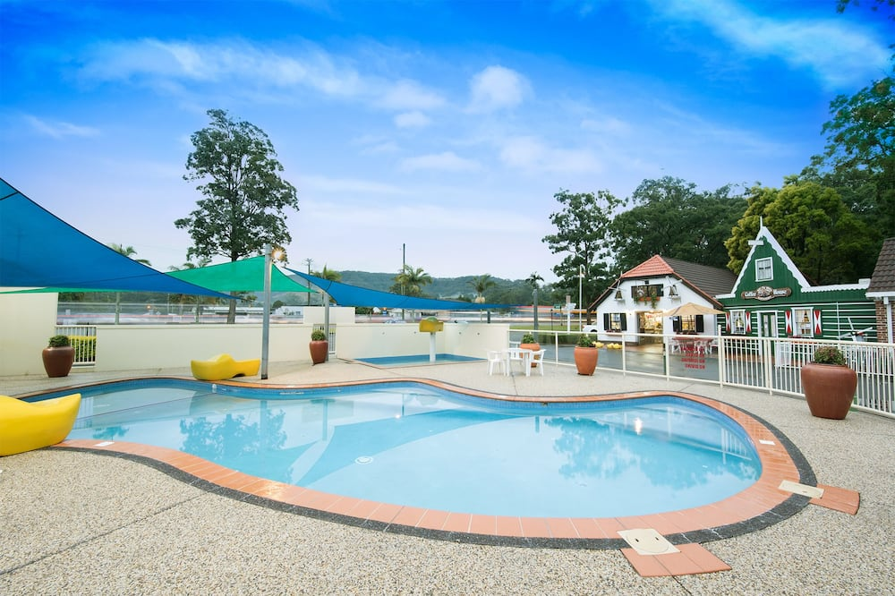 Standard Cabin - Kolam Terbuka