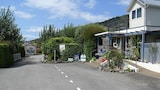 Reserve this hotel in Waikawa, New Zealand