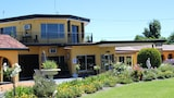 Choose This 3 Star Hotel In Inverell
