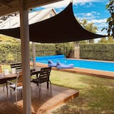 Suite – luxury - Utsikt mot hage