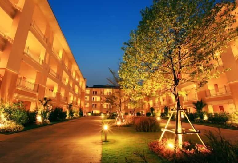 The One Residence, Bangkok, Hotel Front – Evening/Night