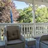 Standard Room, Non Smoking, Balcony (William Nelson Suite) - Garden View