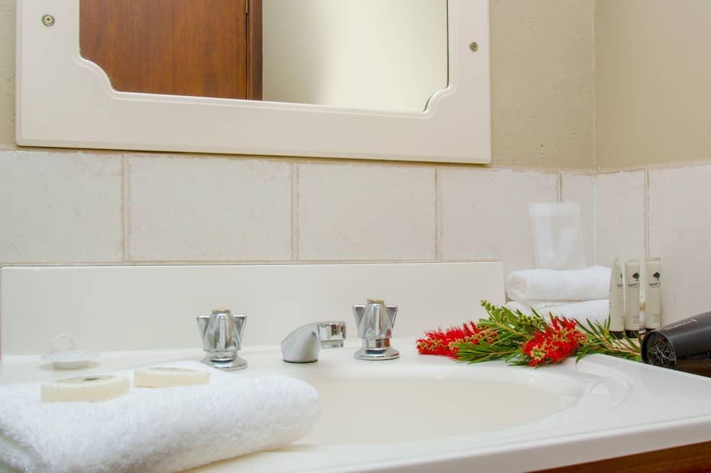 Zimmer, Nichtraucher (Twin Share) - Badezimmer