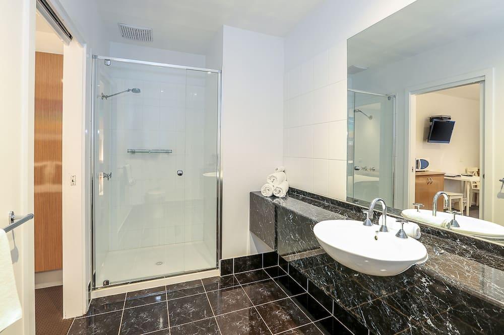 Executive Room - Bathroom Sink