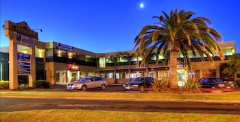 Picture of Mornington Hotel in Mornington