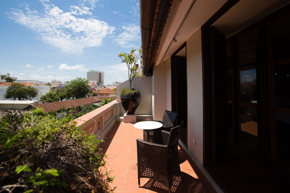 Argus Apartment  - Balcony